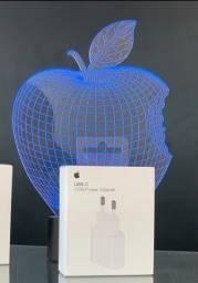 Carregador / Fonte USB-C lançamento Apple Lacrado.