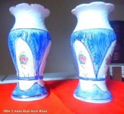 Antigo Par de Vasos de Porcelana