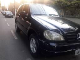 Vendo Mercedes-Benz ML320 SUV ano 99