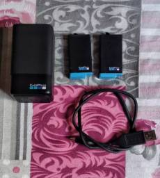 2 Bateria + carregador ( usb) original da Gopro max