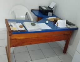 Mesa madeira e MDF