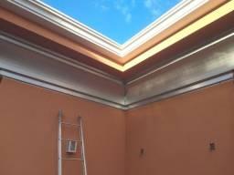 serviços de calhas e telhados.