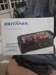Churrasqueira elétrica Britânia BCG1 220v