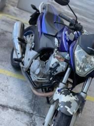 Linda Honda CB 300 2011