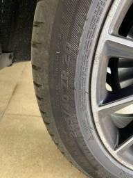 Pneu semi novo Michelin 285/40Z/R20 (somente pneu)