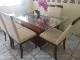 Conjunto de mesa, cadeiras, buffet e espelho