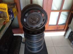 Jogo de rodas de aço aro 15 do  Polo.