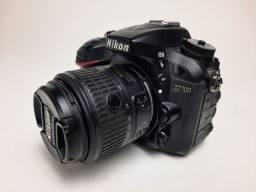 Nikon 7100 +lente 18-55mm vrII + grip + 2 baterias