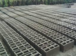 Bloco de cimento em Campo Formoso - melhor preço da região R$ 1.300,00 com frete grátis