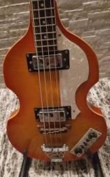 Contra Baixo Triumph Guitars