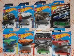 Lote Hot Wheels com 8 miniaturas lacradas Velozes e furiosos e Camaros!