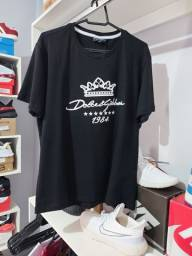 Camiseta Grife Dolce e Gabbana Preta Malha Peruana Estampa Emborrachada