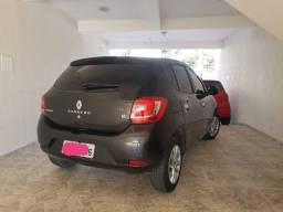 Renault sandero/ baixo km