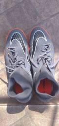 Chuteira Nike Hypervenom X para futsal (Salão) tamanho 42 Br