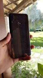 Moto e 6 plus a venda tela ok resem ageitada sem carregador aparelho 3 gb de ram 64 gb