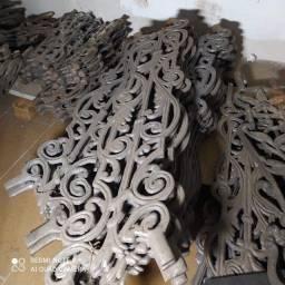 Título do anúncio: Grade de Ferro Fundido Lote com 152 Peças