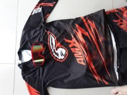 Calca blusa e oculus de motocross/trilha