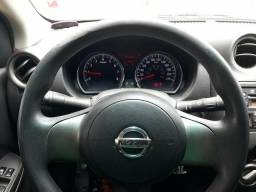 Vendo ou troco em carro de menor valor - 2013
