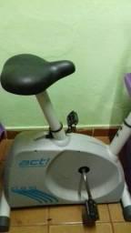 Vendo bicicleta de ginástica valor 170$menor valor