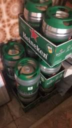 Barril Heineken vazios