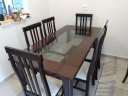 Mesa com 6 cadeiras tampa de vidro 990,00