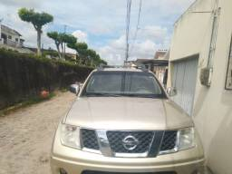 Nissan Frontier LE 4x4 2.5 16V 2010
