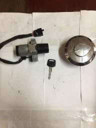 Chave de ignição e Tampa Tanque CG150 Original Honda Usado