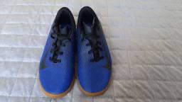Chuteria Futsal Nike Tam 36
