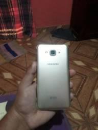 Vendo este celular Samsung J7 meu za e 9  *