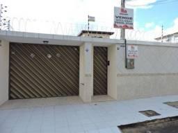 Casa para locação com piscina na Cidade dos Funcionários