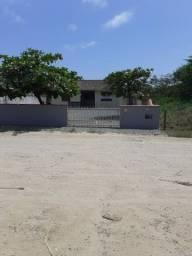 Alugo casa para temporada em Itaguaçu