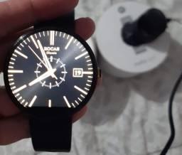Relógio Inteligente Smartwatch da Motorola 360 na caixa e com todos os acessórios