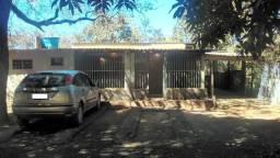 Vende-se chácara com 1.500 quadrado - Parque Alvorada 2
