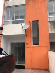 """P.S SO0261- Sobrado com 2 dormitórios / bairro Rio Vermelho """"À venda""""!!"""