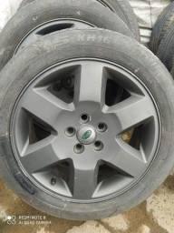 Jogo de Roda 19 com pneus