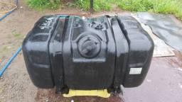 Tanque de 300 litros VW e MB