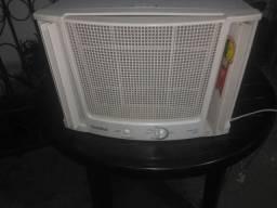 Ar condicionado 75000 BTUS DE COBRE