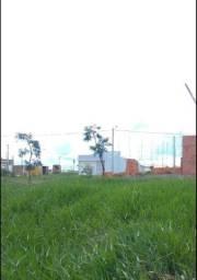 Meio terreno no Irineu Zanetti ( já desmembrado)