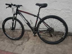 Bike Oggi 7.2 Toda Shimano Alívio 27V Aro 29.