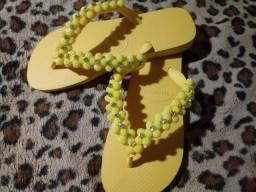 Pra quem ama amarelo num:37,38 havaianas original valor:80,00 whats *