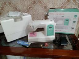 Maquina de costura nova
