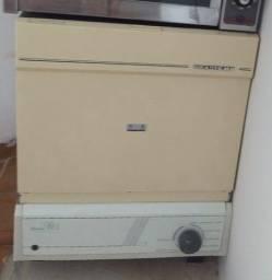 Lava louças Brastemp.