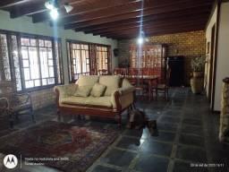 Alugo Residência alto padrão, estilo colonial