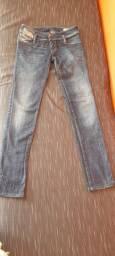 Linda e única calça Diesel tamanho 27