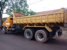 Caminhão 1516
