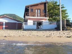 Temporada em Florianópolis-3 quartos-Pé na areia
