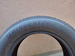 Vende-se pneu