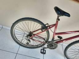 Bike rescem revisada com marcas de uso