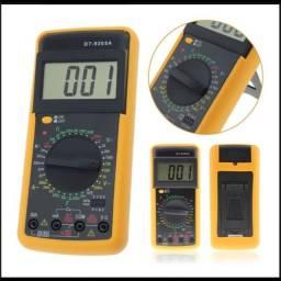 Multímetro digital com capacímetro