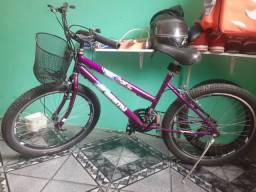 Bicicleta em ótimo estado tudo top